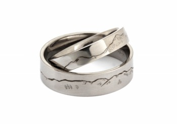 Mountain Wedding Ring Set