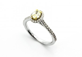 18K Yellow Diamond Ring