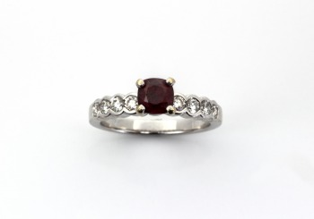 18K Ruby & Diamond Ring