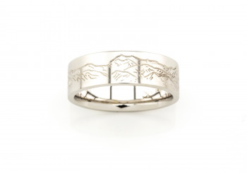 14K Hand-Engraved Men's Band