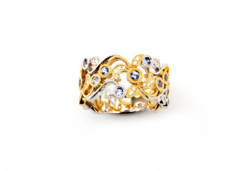 14k Two-Tone Antique Filigree Yogo Sapphire Ring