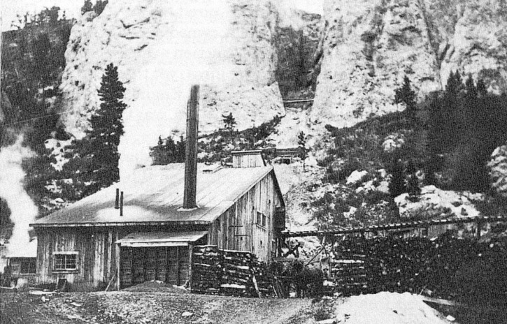 The American Mine hoist